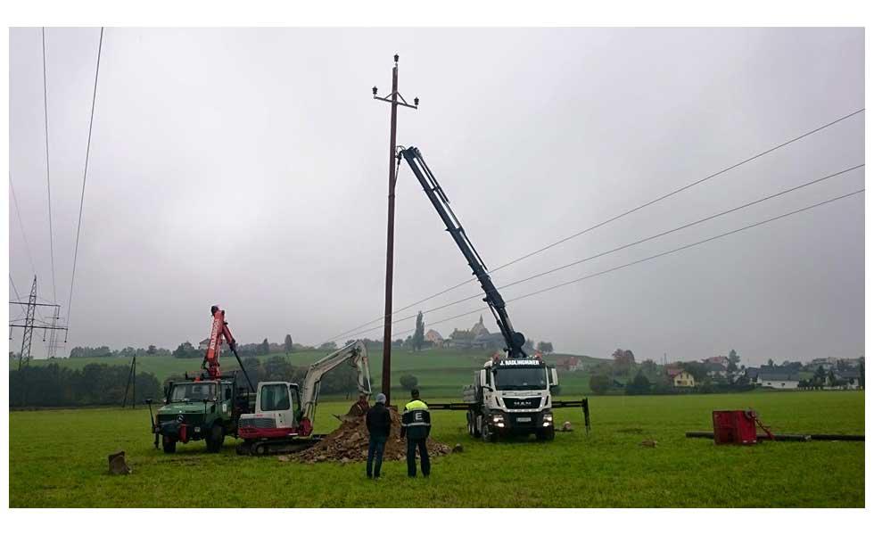 Radlingmaier Transportunternehmen - LKW mit Kran in Leoben, Liezen und Eisenerz